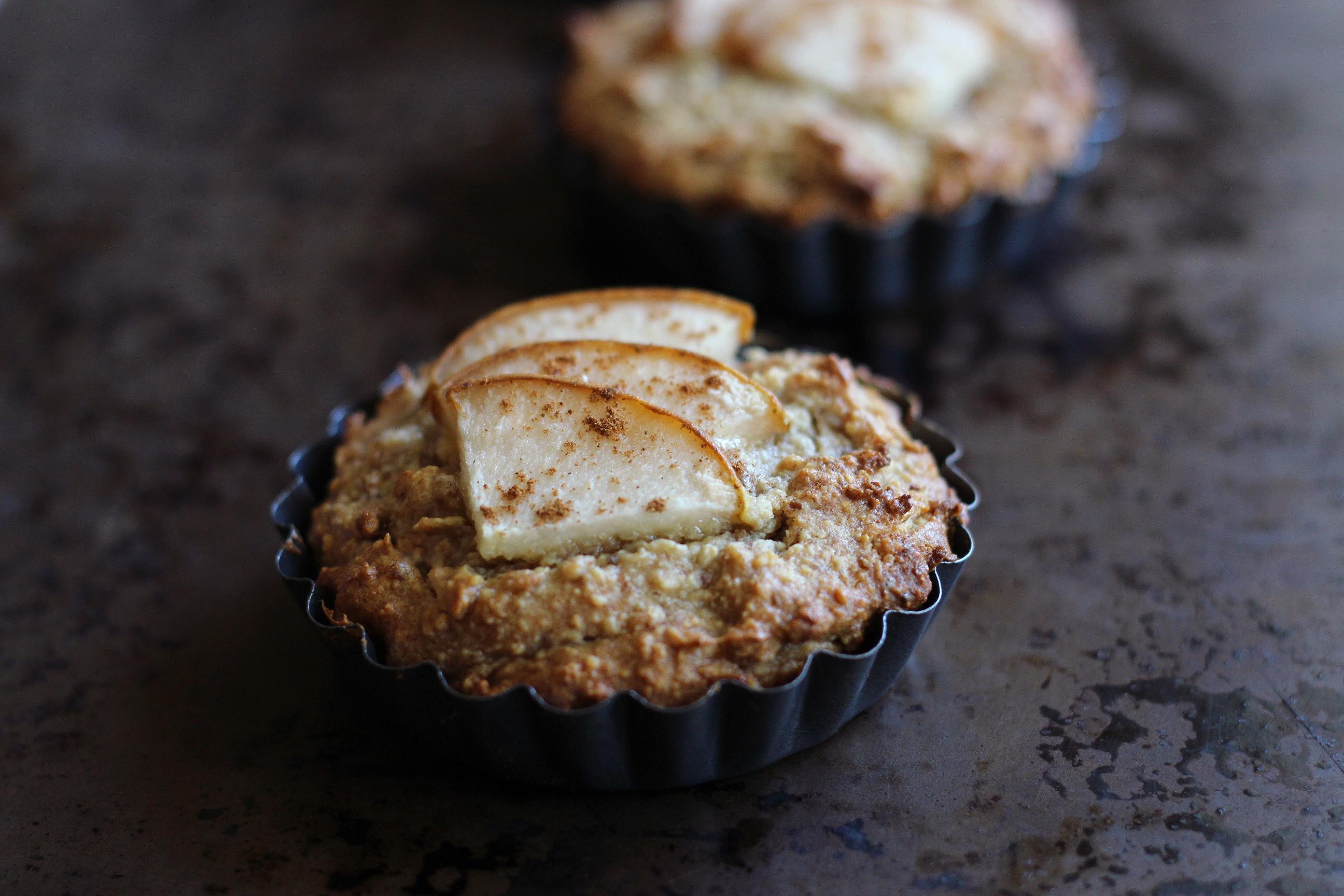 paleo-paparazzi-mini-pear-cake-paleo-glutenfree